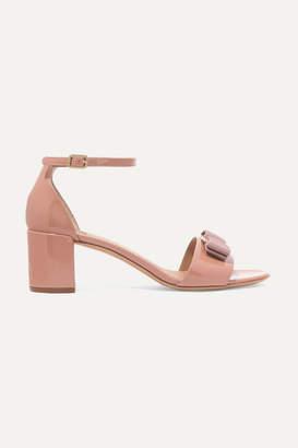 Salvatore Ferragamo Gavina Bow-embellished Patent-leather Sandals - Blush