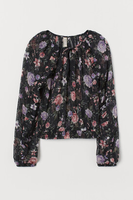H&M Airy flounced blouse