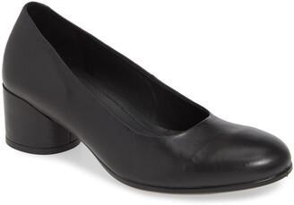 Ecco Shape 35 Round Heel Pump