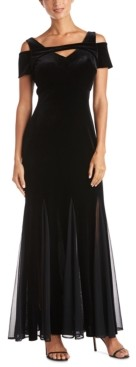 Night Way Nightway Velvet Keyhole Gown