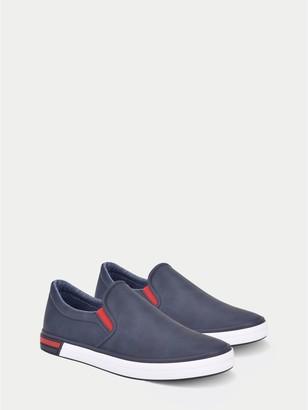 Tommy Hilfiger Solid Slip-On Sneaker