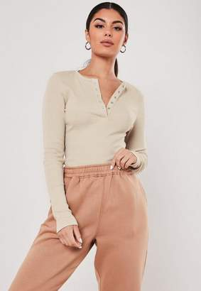 Missguided Sand Rib Popper Front T Shirt