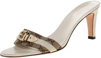Gucci White GG Canvas Buckle Detail Slide Sandals Size 38