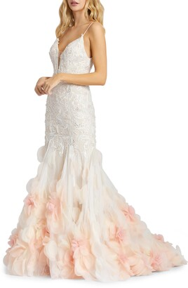 Mac Duggal Floral Applique Lace Trumpet Gown