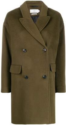 Closed oversized wool coat