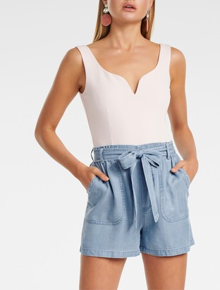 Forever New Liu Tie-Waist Denim Shorts - Light wash - 10