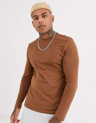 Asos Design DESIGN long sleeve t-shirt with crew neck in brown