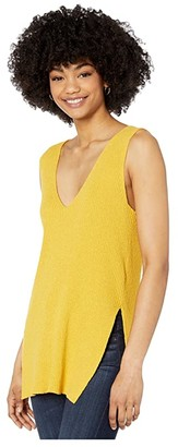 Cupcakes And Cashmere Larissa Sleeveless V-Neck Tunic Tank (Dafodil) Women's Clothing