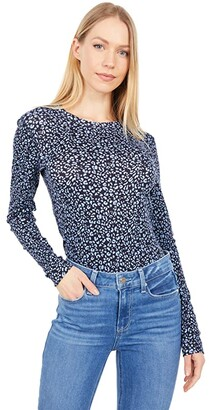 Three Dots Heritage Knit Long Sleeve Printed Crew Neck (Dusty Blue Leopard) Women's Clothing