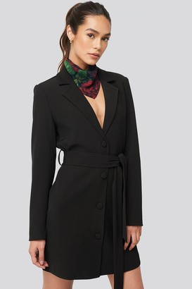 NA-KD Tie Waist Short Blazer Dress