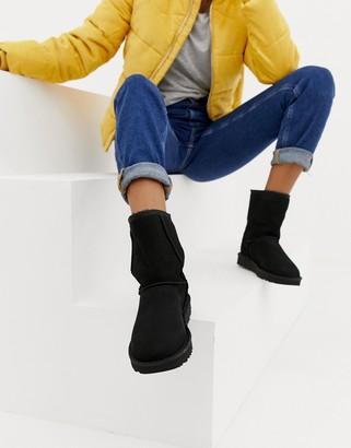 UGG Classic Short II Black Boots
