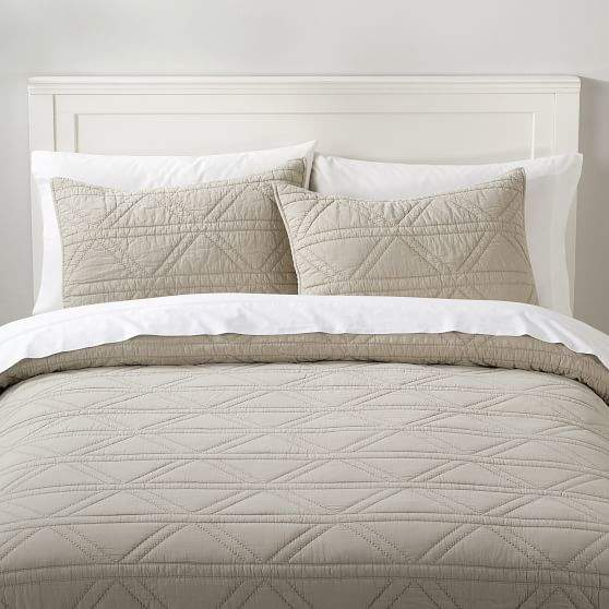Pottery Barn Teen Diamond Stitch Coverlet, Full/Queen, Natural