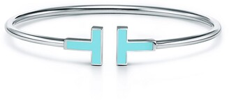 Tiffany & Co. T turquoise wire bracelet in 18k white gold, medium