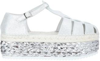 LAGOA Sandals
