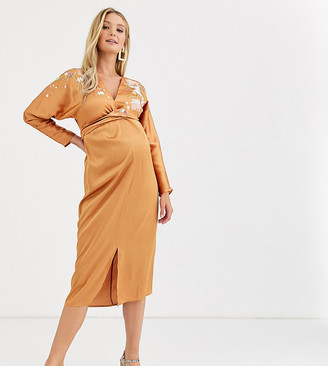 Asos DESIGN Maternity midi batwing dress with blossom floral embroidery-Orange