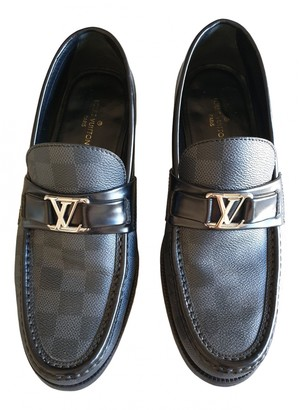 Louis Vuitton Montaigne Black Leather Flats