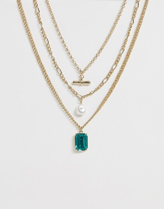 Liars & Lovers multi row necklace in gold with pearls