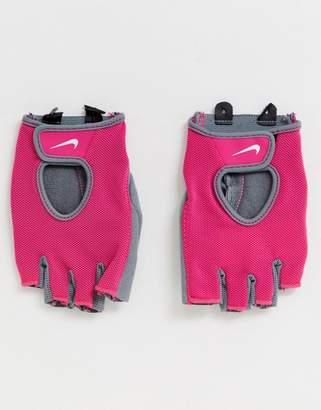 Nike Womens Fundamental Training gloves in pink