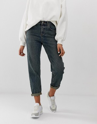 Asos Design DESIGN relaxed fit boyfriend jeans in rich aged washed blue