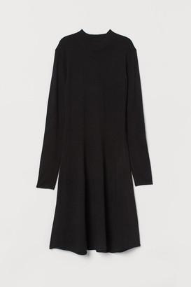 H&M Knit Mock-turtleneck Dress - Black