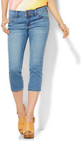 New York & Co. Soho Jeans - Curve Creator Crop Legging - Blue Mink Wash