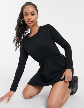 I SAW IT FIRST sweater smock dress in black
