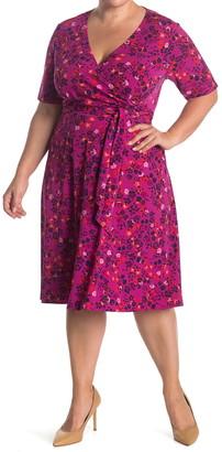Donna Morgan Elbow Length Sleeve Wrap Dress