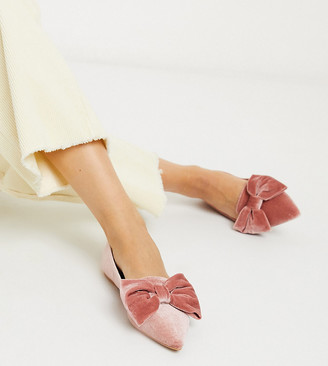 ASOS DESIGN Wide Fit Lake bow pointed ballet flats in pale pink velvet