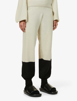 Frenckenberger Hotoveli tapered-leg mid-rise cashmere trousers