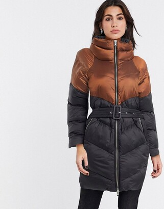 Gestuz two tone lonligne belted padded jacket in black and brown
