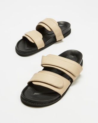 James Smith JAMES | SMITH - Women's Black Flat Sandals - Izano Slides - Size 36 at The Iconic