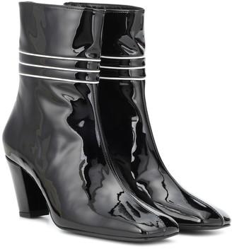 Dorateymur Lagonda patent leather ankle boots