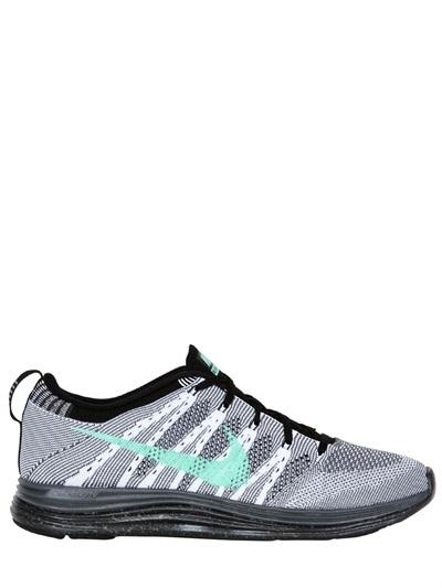 Nike Flyknit Running Sneakers