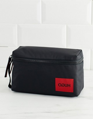 HUGO Kombinat ripstop washbag in black