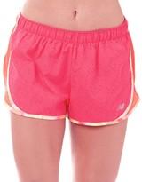"New Balance Womens Accelerate Printed 2.5"" Running Shorts Alpha Pink"