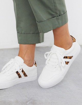 London Rebel side stripe lace up sneakers in white with leopard