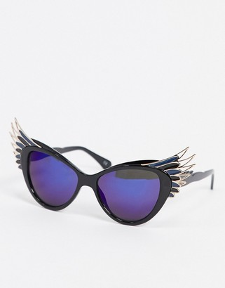 Jeepers Peepers cat eye sunglasses with wing detail