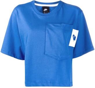 Nike short-sleeve cropped T-shirt