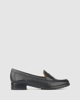 Airflex Jigger Leather Loafers