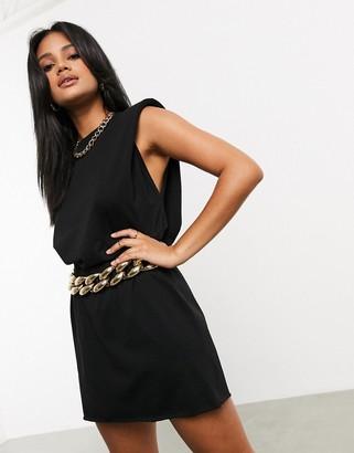 ASOS DESIGN chunky chain waist and hip belt