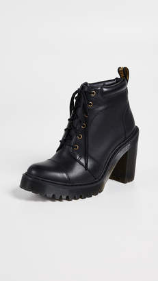 Dr. Martens Averil 6 Eye Boots