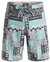 Quiksilver Waterman Men's Free Time Boardshort
