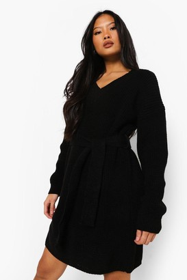 boohoo Petite Belted V-neck Jumper Dress