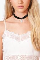Boohoo Mia Velvet Heart Locket Layered Choker