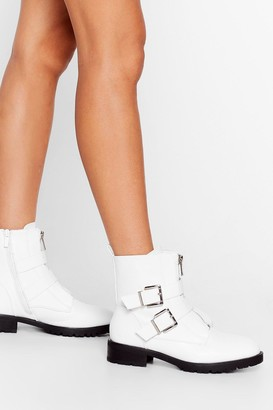 Nasty Gal Womens Like We Give a Buck-le Faux Leather Ankle Boots - White