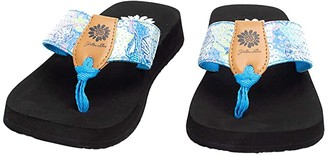 Yellow Box Flicka (Blue) Women's Shoes