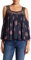 Wild Pearl Cold Shoulder Floral Lace Knit Blouse