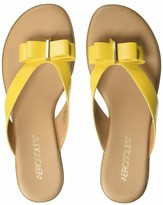 Aerosoles Women's Mirachle Sandal - Casual Thong Sandal with Memory Foam Footbed (5.5M - Yellow)