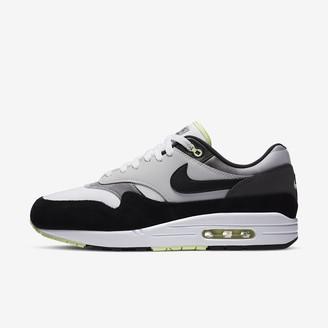 Nike Men's Shoe 1