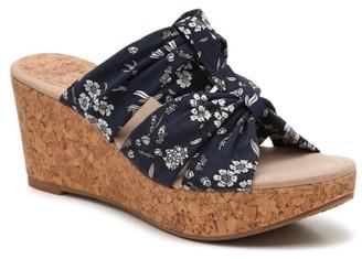 Seeker Wedge Sandal